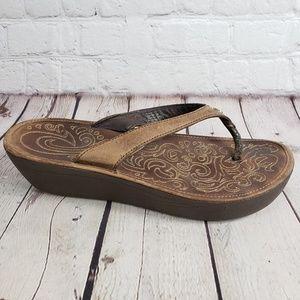 OluKai Leather Flip Flop Sandals Womens 10 Shoes